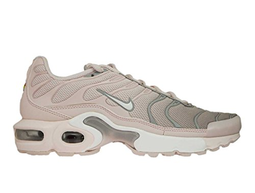 NIKE Air Max Plus Barely Rose/White (GS) (5.5 M US Big Kid)