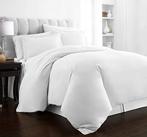 Beckham Hotel Collection Luxury Soft Brushed 2100 Series Microfiber Duvet Cover Set - Hypoallergenic - Full/Queen - White