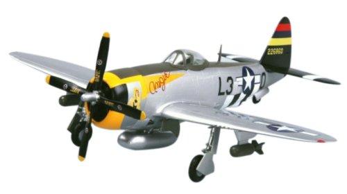Thunderbolt Fighter P-47d (Easy Model P-47D Thunderbolt 512FS, 406FG Building Kit)