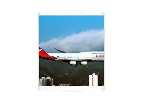 (Mug of Boeing 747-400 Qantas flying into Kai Tak - old Hong Kong airport (1565635))