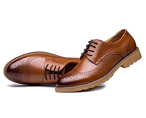 WZG los zapatos de los nuevos hombres jóvenes talladas Bullock calza los zapatos ocasionales de negocio de los hombres británicos de estilo de cuero zapatos de la marea negra popular 9.5 Brown