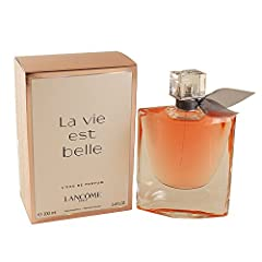 La vie est belle, a French expression meaning Life is beautiful, the manifesto of a new era. Universal yet personal, Lancôme's femininity is a choice embraced by women, not an imposed standard. The choice to live one's life and fill it with b...