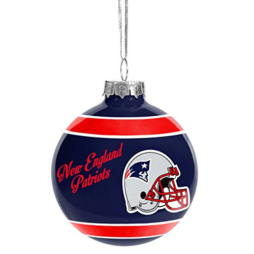 Christmas Holiday Glass Ball Ornament - New England Patriots