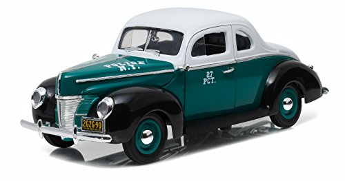 Greenlight 1940 Ford Deluxe Coupe New York City Police Department NYPD Vehicle (1:18 Scale)