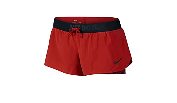 4e8abee4227e8 Amazon.com  Nike Women s Full-Flex-2-in-1 Shorts