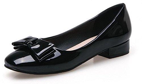 AllhqFashion Damen Lackleder Rund Zehe Niedriger Absatz Ziehen auf Rein Pumps Schuhe Schwarz