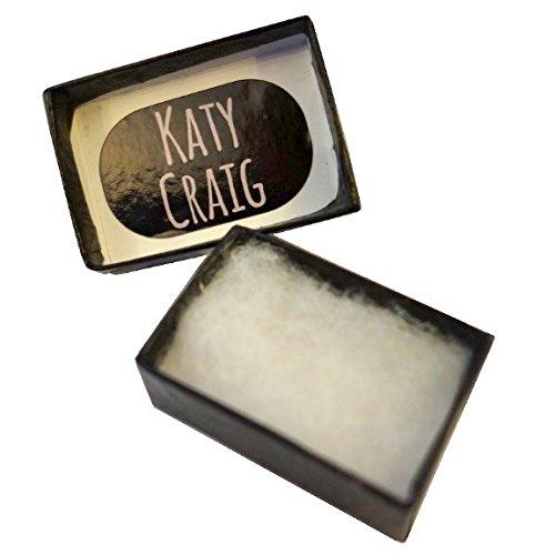 Paire de Petite Fleur Boucles d'Oreilles Argent Stud avec pierres de cristal pourpres ( 6mm x 6mm ) Livré dans un coffret cadeau