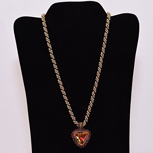 - Eye-catching Amber-hued Crystal Necklace