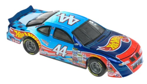Amazon Com Hot Wheels Racing Kyle Petty Scale Car Toys