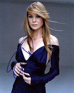 Ellen Pompeo 8X10 Celebrity Photo Signed In Person