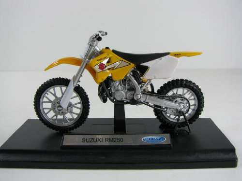 Suzuki RM 250 Motorcycle 1:18 Scale (Welly) - Buy Online in