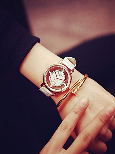 Generic Korean version of the Creative Europe and America hollow watch England College Wind casual and simple men and women couple watch