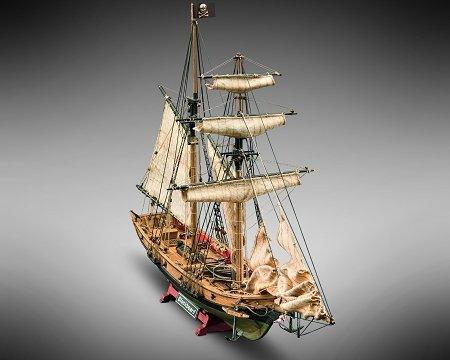 Model Kit Inch 14 - Mamoli MV82 - Blackbeard - Wood Plank-On-Bulkhead  Ship Model Kit - Length: 520 mm (21