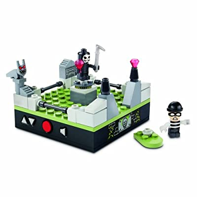 KRE-O CityVille Invasion Cemetery Heist Set (A5857): Toys & Games