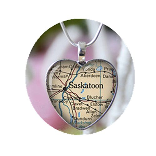 Saskatoon Canada heart shape vintage map necklace. Location gift - Glasses Saskatoon