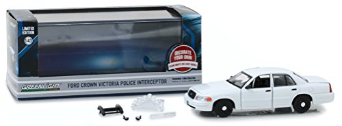 Greenlight 86095 1998-2012 Ford Crown Victoria Police InterceptorPlain, Officially Licensed, Real Rubber Tires, Protective Acrylic Case, True-to-Scale, Limited Edition, White