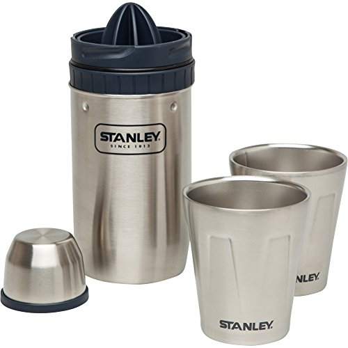 Stanley Happy Hour Shaker and Four Cups للبيع