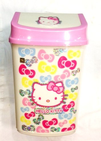 Hello Kitty Trash Can 13