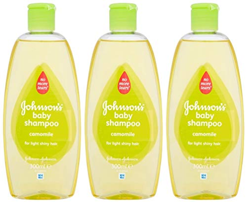 Johnson's Baby Shampoo No More Tears with Chamomile for Light Shiny Hair 10.1 Ounces / 300 Ml (Pack of 3) (Italy Shampoo Baby)
