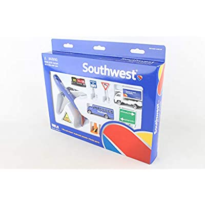 Daron Southwest Airlines Airport Playset: Toys & Games