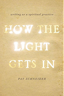 Amazon writing the sacred journey the art and practice of how the light gets in writing as a spiritual practice fandeluxe Image collections