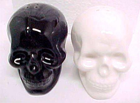 Black & White Ceramic Skull Salt & Pepper Shakers