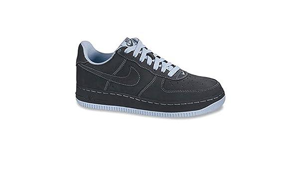 purchase cheap 0959b 24a66 Amazon.com   Nike Womens Air Force 1   Fashion Sneakers