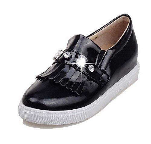 AllhqFashion Damen Ziehen auf PU Leder Rund Zehe Niedriger Absatz Rein Pumps Schuhe Schwarz