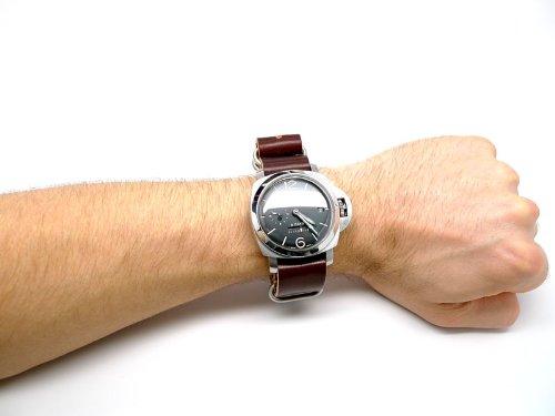 DaLuca Shell Cordovan NATO Watch Strap - Color 8 (Matte Buckle) : 20mm