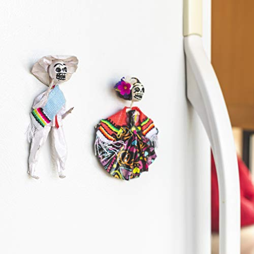Halloween Day of The Dead Dia de Los Muertos Decoration Magnets. 2 Pack. Guy and Girl Skeleton Couple. Artesanias Mexicanas Calavera Imanes. Halloween -