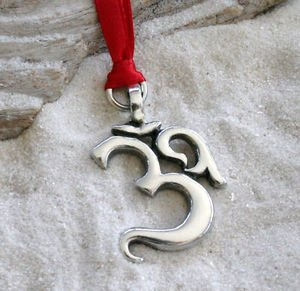 Amazon.com: Pewter Ohm Om Yoga Buddhist Namaste Holiday Christmas ...