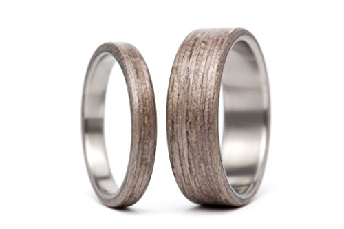 Set of two titanium and bentwood wedding bands. Unique and natural wooden rings. Water resistant and hypoallergenic. (00500_3N7N)