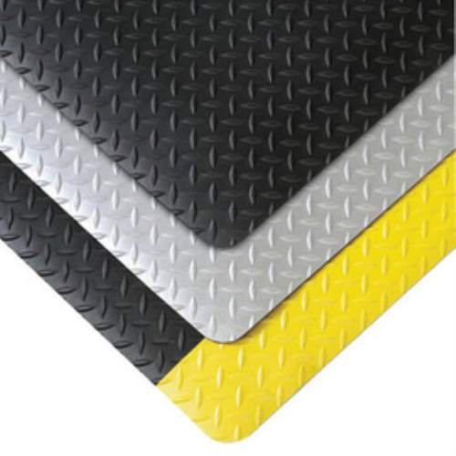 Superior Manufacturing 979S0035YB 979 Saddle Trax Mat, 3' x 5' Size, Black/Yellow
