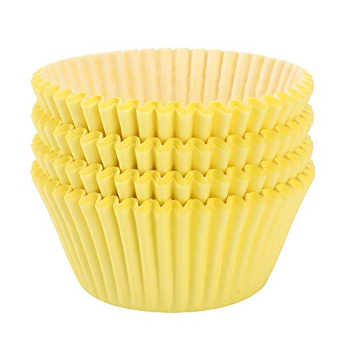 TRUSBER Baking Cups, 100 pieces Paper Cupcake Liners Wrappers Nonstick Muffin Molds Baking Cup Holders for Wedding, Birthday, Baby Shower or Holiday Party (Yellow) -