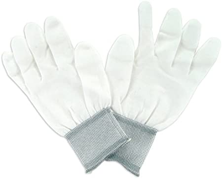 Medium Size iNee Quilting Gloves for Free Motion Quilting