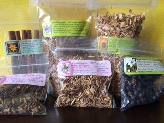 Herbal Sampler: herbs for you to make root beer or bitters ~ Signature confirmation ~ Sarsaparilla ~ Dandelion root ~ Juniper berry ~ wild Cherry~ birch bark ~ cinnamon sticks ~ Ravenz Roost herbs ()