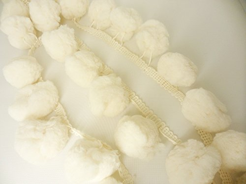 DIYcraft Super Jumbo Beige Cream Pompom Fringe Giant Ivory Bobbles Ball Sewing Embroidery Braid (Sew Pillow Trim)
