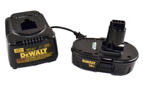 Dewalt DW9116 7.2V to 18V 1 Hour Battery Charger and (1) 18V DC9099 Battery