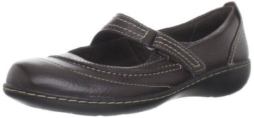 Clarks Women's Ashland Avenue Flat,Brown,6 M US