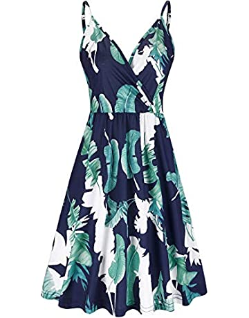 474690d90d VOTEPRETTY Women's V-Neck Floral Spaghetti Strap Summer Casual Swing Dress  with Pockets