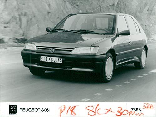 (Vintage photo of Peugeot Motor car:stylish 306.)