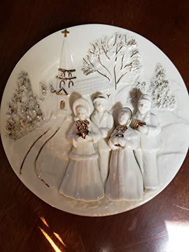 (Holiday Elegance Mikasa Fine China Porcelain Christmas Plate, Carolers)