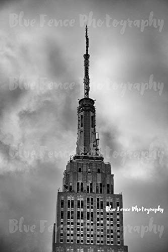 Top of The Empire. Photography, NY, New York City, Art, Print, Manhatthan, Urban, Classic, Empire State Building, Sizes Available from 5x7 to 20x30.