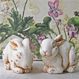 [Smart Art ceramic garden rabbit ornaments antique European-style courtyard villas are decorated peeling off to do the old effect] (Peeling Effect)
