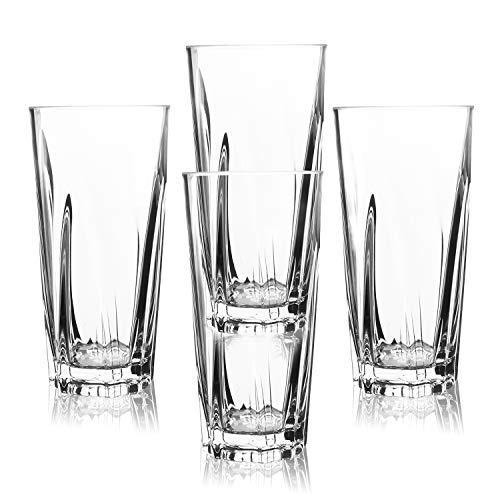 Juego de 4 vasos de  acrílico transparente con 450ml de capacidad.