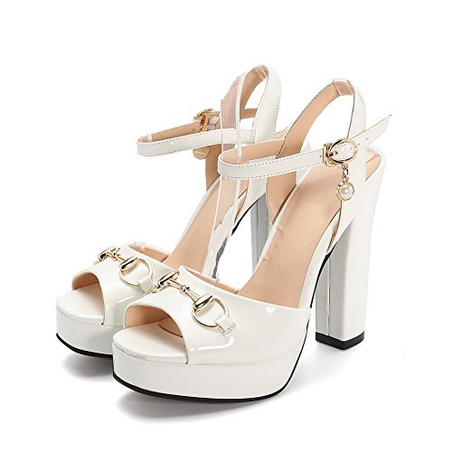 AmoonyFashion Womens Solid PU High Heels Open Toe Buckle Sandals White VdSOVBp