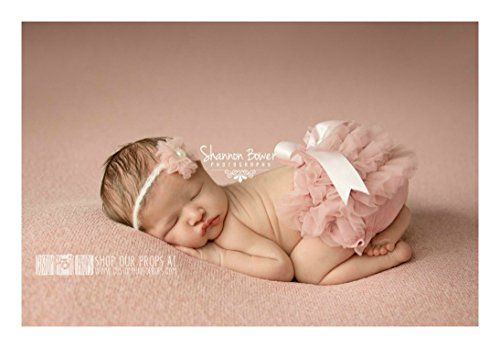 [Chiffon Diaper Cover and Matching Baby Headband Set - Old Rose Pink Bloomer with Ruffles - Newborn Girl Photo Props for Photography] (Munchkin Outfits)