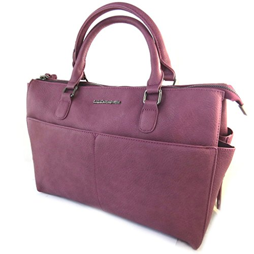 Bag designer Lulu Castagnettebordeaux.