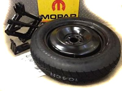 2014 Jeep Cherokee Mopar Spare Tire Kit - 82214063