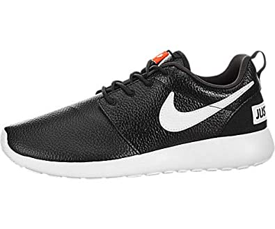 lowest price c0cca b94c6 Image Unavailable. Image not available for. Color Nike Womens Roshe One  Premium